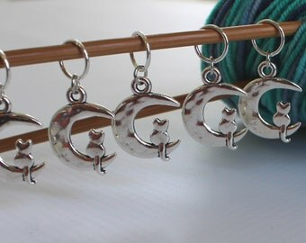 5 Stitch Marker Cat Kitten Set of Silver Stitchmarker Knitting Charms to Mark Stitches Knit Gift Crochet Removeable Moon