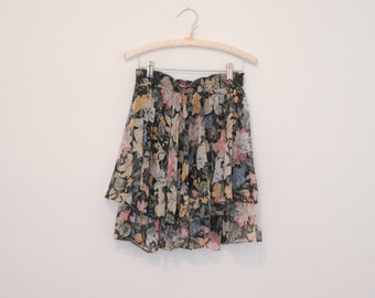 Black Floral Print Ruffled Skirt - Early 90s