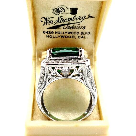 vintage cocktail ring emerald crystals rhinestones faux gems
