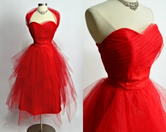 "1950's Vintage Bright Red Layered Tulle Sweetheart Neckline Strapless Prom Dress Evening Gown Formal Party Dress 28"" Waist Medium"