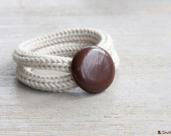 French knitted | bracelet with vintage button | bamboo fiber