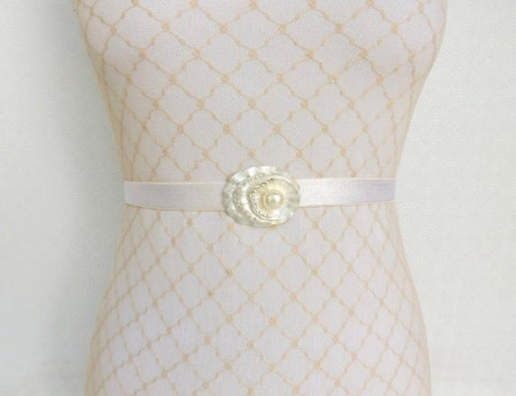 Ivory Elastic Waist Belt. Silver rhinestone flower centerpiece decorated with Ivory pearl. Bridal/ Bridesmaid dress belt. Wedding belt.