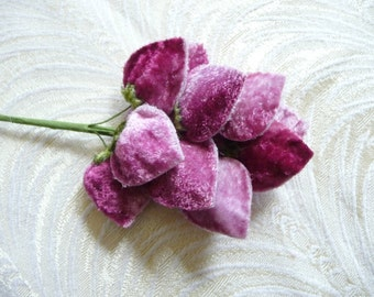 Luscious Velvet Strawberries Millinery Fruit Spray of 8 with Leaves Mauve Pink Shaded