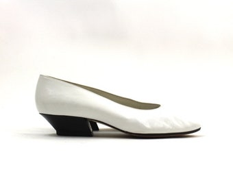 1980s white leather pumps • Pancaldi leather shoes • Italian leather shoes 9