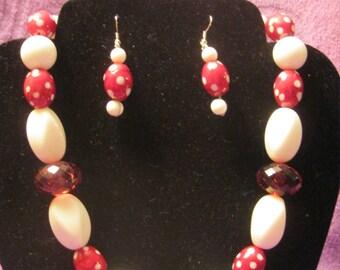 RED WHTE POKADOT Beads with White