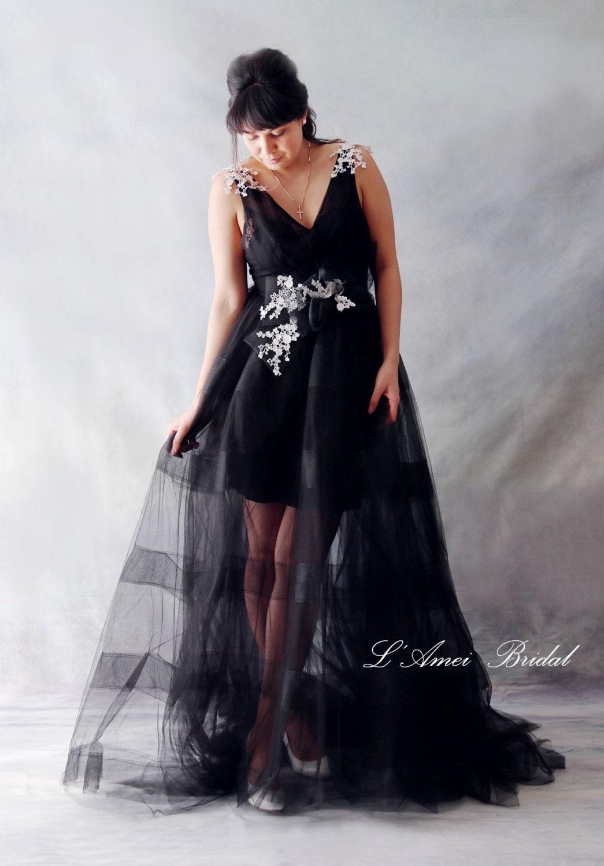 Black goth style tulle wedding bridal dress with white lace for Black tulle wedding dress