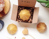 GEM Candle made of beeswax