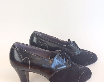 40s Black Suede Oxford Heels / 1949s Leather Brogues / Size 6