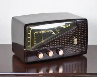Antique 1955 Zenith AM and FM Bands Radio Model R724 Plays And Looks Great.  Free Shipping!