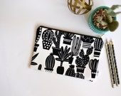 Cactus Womens Clutch, Cactus Clutch Bag, Black and White Desert Clutch, Succulent Zipper Clutch, Arizona Fabric Clutch, Cactus Purse