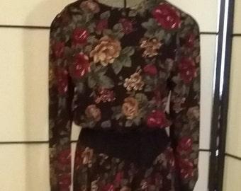Vintage 80s floral dress Southern Lady dress casual day dress Size 5/6