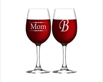 TWO Mothers Day Wine Glasses for Mom, Personalized Wine Glasses for Mom or Grandma, Mother's Day Gifts, , Mother's Day Present