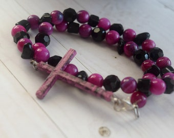 Double Wrap Bracelet as Cross Jewelry with Fuchsia Pink and Black beads