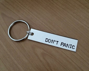 Don't Panic keychain - Hitchhiker's Guide to the Galaxy