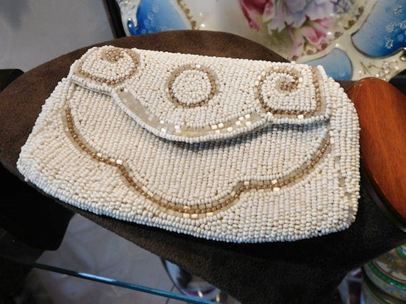 Bead Coin Purse Glass Micro Seed Bead Hand Beaded Evening Bag Wristlet Clutch Pouche Vintage 1930s Art Deco Bag Fold Over Flap