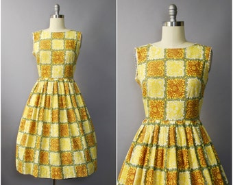 1950's Yellow Floral Cotton Sun Dress • medium