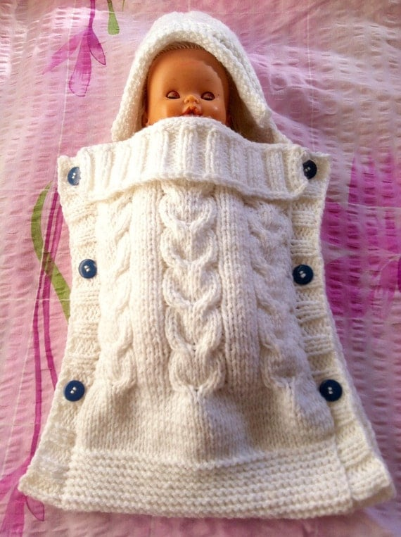 Knitting Patterns For Baby Cocoon Free : Baby Cocoon With a Hoodie White Cable Knit Cocoon Baby