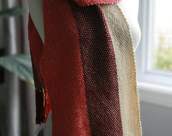 Handmade woven scarf tricolor: cherry red, burgundy and linen