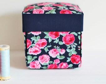 articles similaires boite de couture kit de couture. Black Bedroom Furniture Sets. Home Design Ideas