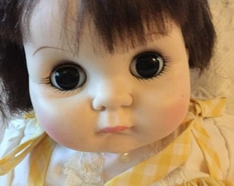 Darling Vintage Madame Alexander Puddin baby doll with box