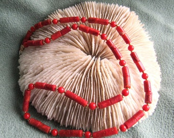 Necklace red 4mm round coral and sponge coral tube combination two corals, 12k goldfilled beads and  spring clasp, length is 18 1/2 inch
