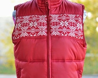 Vintage 90s Cherry Red Snowflake Pattern Winter Puff Vest - Size Small