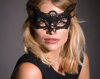 Cat Mask, Masquerade Mask, Lace Eye Mask, Party Mask, Costume Mask, Venetian Mask, New Years Party, Halloween Mask, Masked Ball, Cat Woman