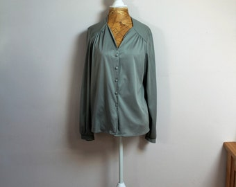 1970s secretary blouse in olive sage green, size 14
