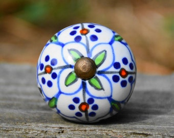 Ceramic knob/cabinet knob/handle/door knob/drawer pull/round/floral/flower/green/blue/decorative/unique/bathroom/kitchen/dresser/furniture