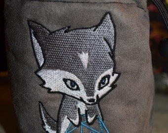 Dice Bag custom Embroidery gray Suede Wolf rolling D20