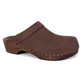 Swedish Clogs / Leather Shoes For Men / Handmade / Natural Materials / Studded Wooden Sole / Clogs for Men / Mens Clogs / Sandgrens / Bergen