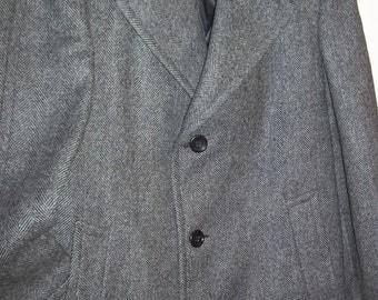 "Vintage Men's Herringbone Wool Three-Quarter Winter Coat Size 42"" Length 40"""