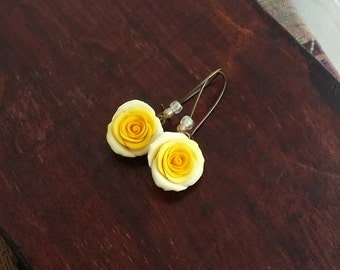 Yellow rose earrings handmade from polymer clay, yellow flower earrings, Summer jewelry, country chic, bridesmaids earrings, romantic