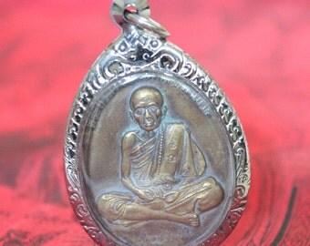 Thai amulet : LP Hmun Wat Banjan THAI Famous monk Buddhism amulet pendent.
