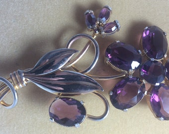 Vintage Purple Flower Brooch. 1950's