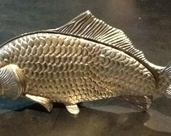 Menu-holder fish