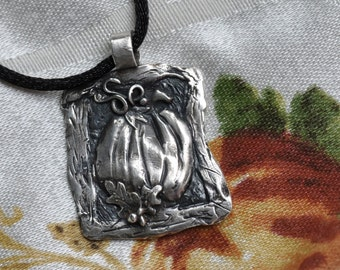 Fine Silver Pumpkin Pendant Necklace: welomes fall with style