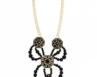 Muse Necklace & Earring Set