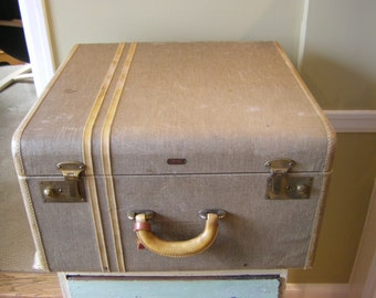 """Hartmann Luggage Co. """"X"""" Brand Suitcase Trunk 1910's-1930's"""