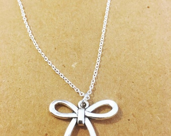 Cute bow dainty charm necklace