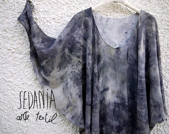 Japanese sleeve silk blouse, dyed with natural dyes. Ecoprint.  Botanical stamping. Size 40-42.