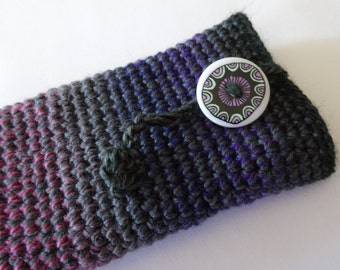 Purple, grey, pink multicolour gradient merino wool Iphone cosy with a special button.