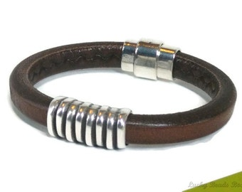 Mens leather bracelet - leather bangle - mens bracelet - licorice leather bracelet - brown leather bracelet - magnetic clasp -