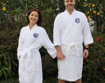 Set of 2 Mr. and Mrs. Robes, Monogrammed Robes, Terry Cloth Robes, Wedding Robes, Honeymoon Robes, Mr. and Mrs. Robes, Bride and Groom Robes