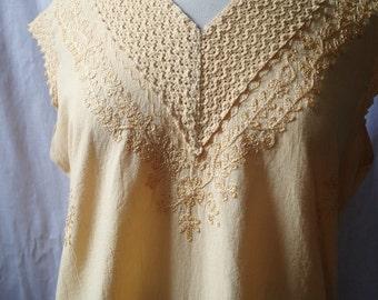 vintage Indian cotton blouse; yellow cotton blouse; sleeveless top; yellow cotton top; XL vintage; plus size vintage; boho top; hippie top