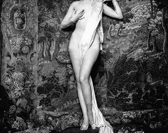 Hazel Forbes, Ziegfeld girl & Miss United States, by Alfred Cheney Johnston - 1928 - vintage photo - SKU 0216