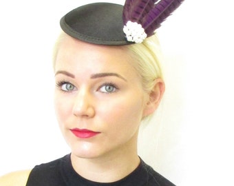 Purple Black Pheasant Feather Fascinator Pearl Headpiece Vintage Races 1940s 115