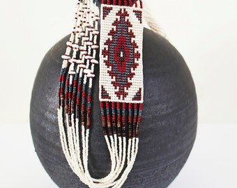 Vintage Southwestern, Native American Tribal Pattern/Woven Seed Beaded Necklace