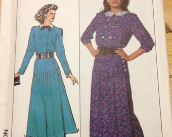 Simplicity 8200 - 1980s Double Breasted Blouse with Side Button Pleated Skirt - Size 10