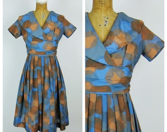 Vintage 1950s Dress / 50s Betty Barclay Geometric Dress / Small